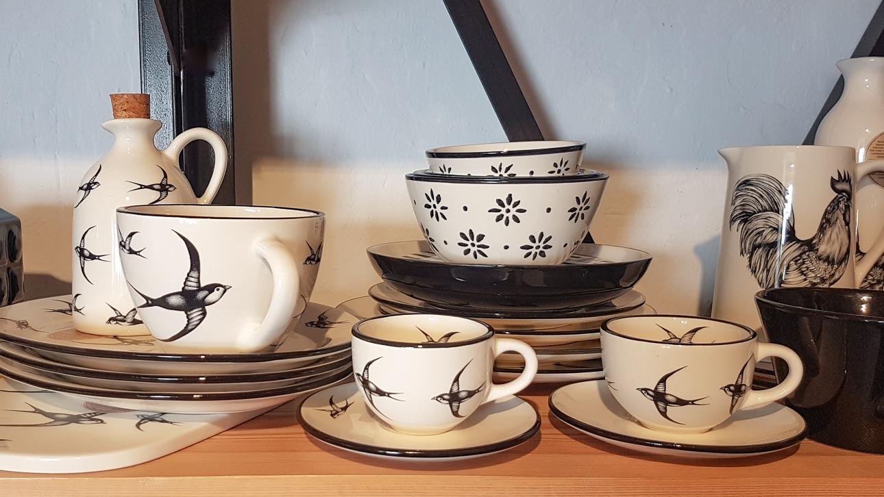 Portuguese tableware