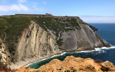 Cabo Espichel: dinosaur footprints and worship in an extraordinary landscape